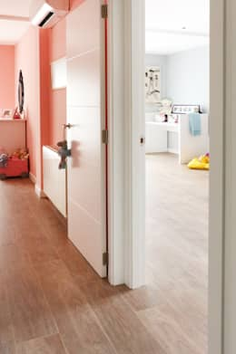 Chambre d'enfant de style de style Moderne par acertus