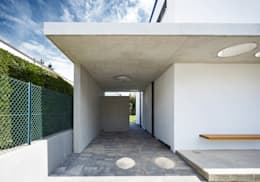 Garage / Hangar de style de style Moderne par Lennart Wiedemuth / Fotografie