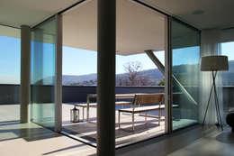 Salle à manger de style de style Moderne par Architekt Zoran Bodrozic