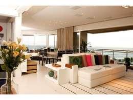 Salas de estilo moderno por LX Arquitetura