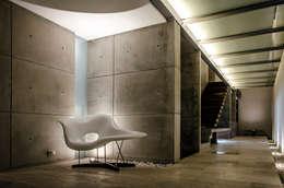 Couloir et hall d'entrée de style  par Oscar Hernández - Fotografía de Arquitectura