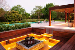 modern Garden by JUNOR ARQUITECTOS