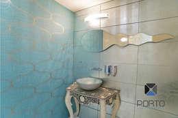 Baños de estilo ecléctico por PORTO Arquitectura + Diseño de Interiores