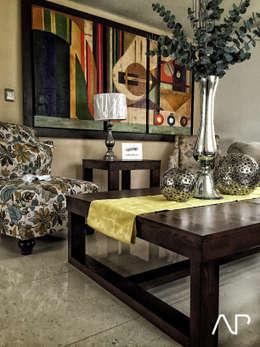 Casa Mayorazgos: Salas de estilo moderno por AP studioarq