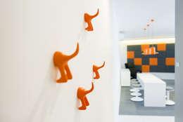 Edificios de Oficinas de estilo  por conceptjoana