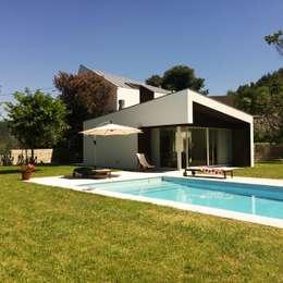 Recuperação e ampliação Vila Chã - Amarante: Habitações  por Bárbara abreu Arquitetos