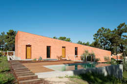 Casa Conde: Habitações  por SAMF Arquitectos