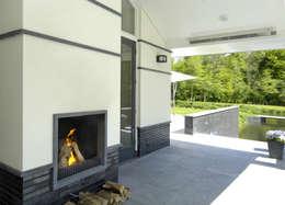 Patios & Decks by Van Hoogevest Architecten
