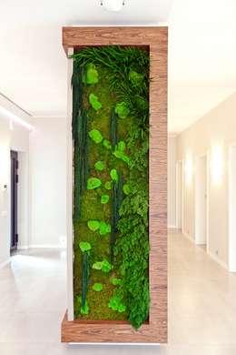Pasillos, vestíbulos y escaleras de estilo  por BIURO PROJEKTOWE MTM STYL