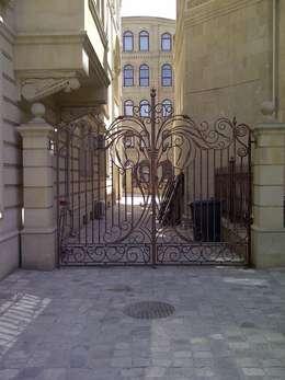 Окна и двери в . Автор – Klasik Ferforje