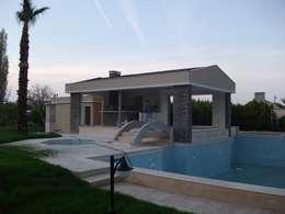 Projekty, nowoczesne Domy zaprojektowane przez AÇIT MİMARLIK DEKORASYON İNŞ. SAN. TİC. LTD.