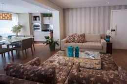 Apto bairro Saúde - SP: Salas de estar modernas por Haus Brasil Arquitetura e Interiores
