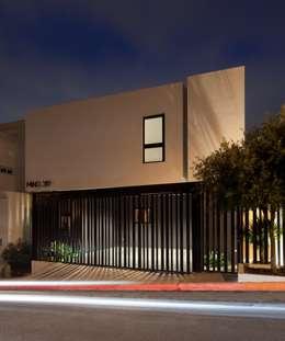 Casa Ming: Casas de estilo moderno por LGZ Taller de arquitectura