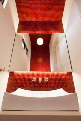 Casa Ming: Baños de estilo  por LGZ Taller de arquitectura