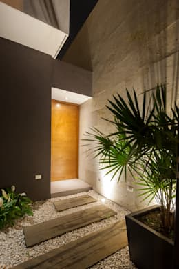 modern Windows & doors by LGZ Taller de arquitectura
