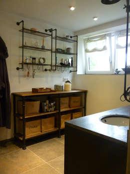 industrial Bathroom by DIE RAUMPIRATEN®