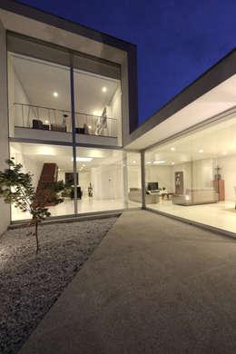 minimalistic Houses by 3H _ Hugo Igrejas Arquitectos, Lda