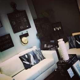 Salas de estilo moderno por Mandarina Home