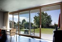 Окна и двери в . Автор – Kneer GmbH, Fenster und Türen