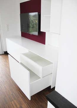 Salas de estilo moderno por Hammer & Margrander Interior GmbH
