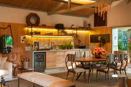 Projekty,  Kuchnia zaprojektowane przez Marina Linhares Decoração de Interiores