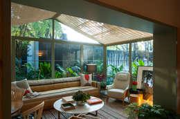 Salas de estilo topical por Marina Linhares Decoração de Interiores