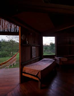 country Bedroom by IR arquitectura