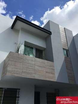Rioja: Casas de estilo moderno por disain arquitectos