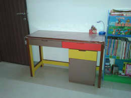Study Table: modern Nursery/kid's room by Global Associiates