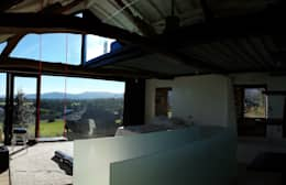 Projekty,  Sypialnia zaprojektowane przez Tagarro-De Miguel Arquitectos