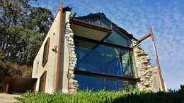 Maisons de style de style Moderne par Tagarro-De Miguel Arquitectos