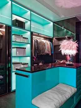 Vestidores y closets de estilo moderno por SA&V - SAARANHA&VASCONCELOS