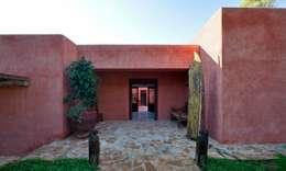 Casas de estilo rural por Rios-Casariego Arquitectos