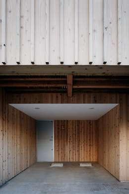 ディンプル建築設計事務所의  차고