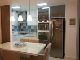 modern Dining room by Condecorar Arquitetura e Interiores