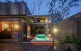 Casa T: Albercas de estilo moderno por Studio Arquitectos