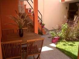 Jardines de estilo moderno por APPaisajismo