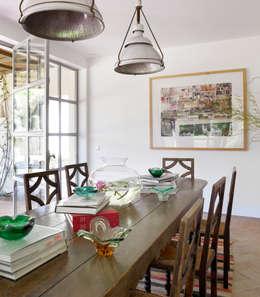 Ruang Makan by Melian Randolph