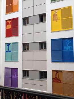 Projekty, klasyczne Domy zaprojektowane przez Santos Rein-Galera,  SAGA Arquitectos