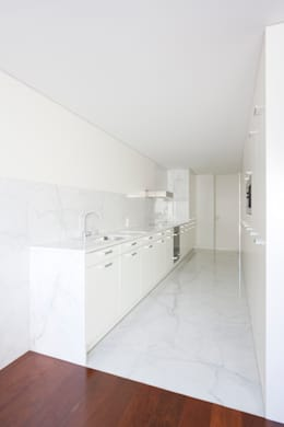 Figueiredo+Pena의  주방
