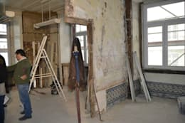 Salas de estilo rústico por Obrasdecor