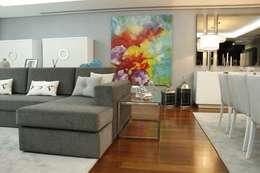 Salas de estilo clásico por HC Interiores