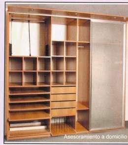 Amoblamientos: Dormitorios de estilo moderno por Yatar Amoblamientos