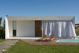 Rumah by VISMARACORSI ARQUITECTOS