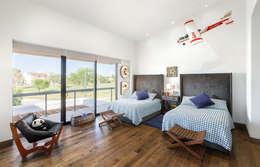 modern Nursery/kid's room by Imativa Arquitectos