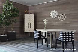 Sala da pranzo in stile in stile Moderno di MARIANGEL COGHLAN