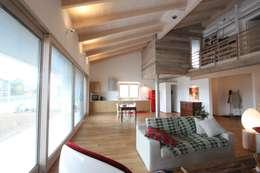 Casas de estilo moderno por marco carlini architetto
