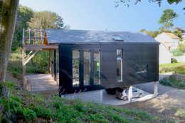 Дома в . Автор – Bertin Bichet