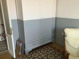 Dormitorios de estilo clásico por K.B. Ristrutturazioni