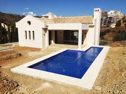 Projekty, klasyczne Domy zaprojektowane przez Benjumea Arquitectos